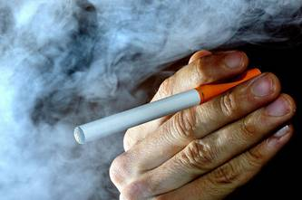Research Shows E-Cigarette Vapor Could Lead to Emphysema